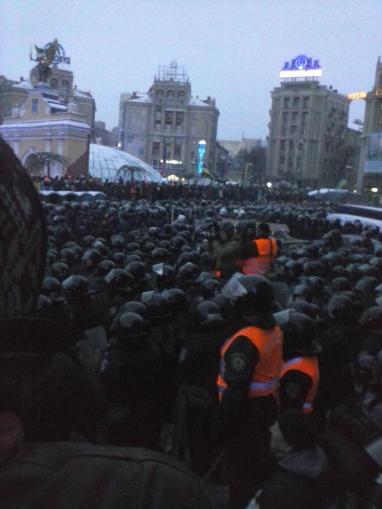 Штурм майдану 11 грудня на Михайлівській