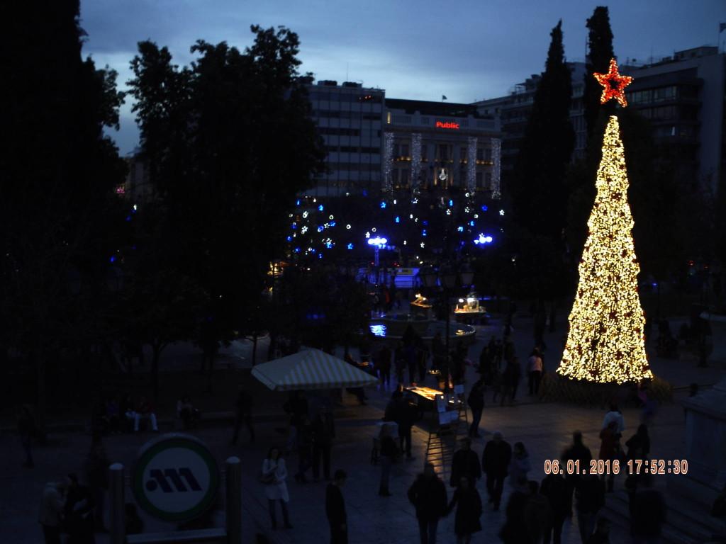 Christmas tree Athens - Main Christmas tree of Greece on Syntagma square